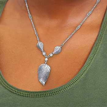 Elven Realms 3 Leaf Necklace: Lothlorien™ Jewelry