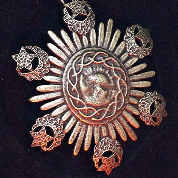 The Medallion of Dracula Prop Replica