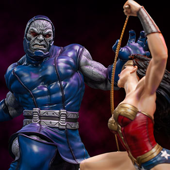 Wonder Woman Vs Darkseid Sixth Scale Diorama