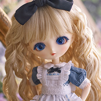 Alice Collectible Doll
