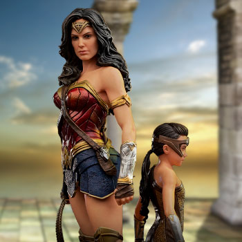 Wonder Woman & Young Diana 1:10 Scale Statue