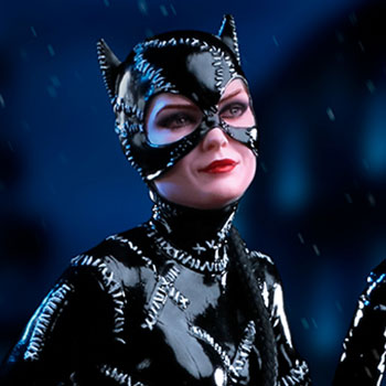Catwoman 1:10 Scale Statue