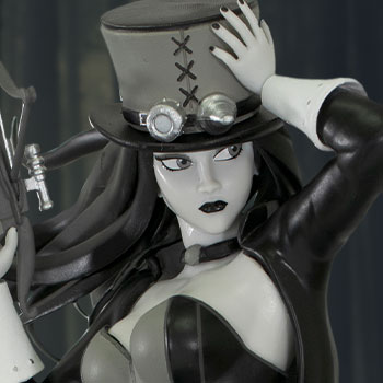 Van Helsing (Black & White Version) Statue