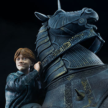 Ron Weasley at the Wizard Chess Deluxe 1:10 Scale Statue