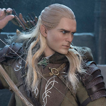 Legolas at Helm's Deep Sixth Scale Figure