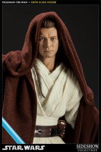 Gallery Image of Obi-Wan Kenobi: Jedi Padawan Sixth Scale Figure