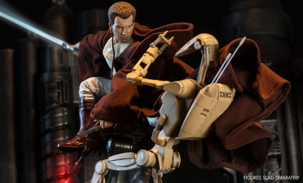 Gallery Feature Image of Obi-Wan Kenobi: Jedi Padawan Sixth Scale Figure - Click to open image gallery