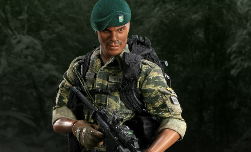 Gallery Feature Image of Stalker Sixth Scale Figure - Click to open image gallery