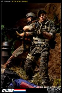 Gallery Image of Green Beret - Lieutenant Falcon Sixth Scale Figure