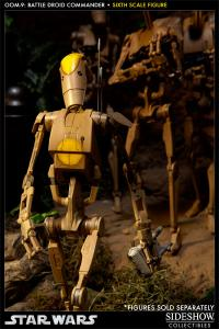 Gallery Image of OOM-9 Battle Droid Commander Sixth Scale Figure
