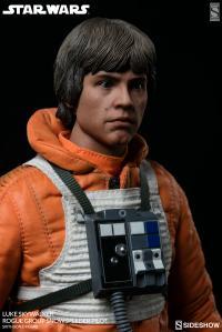 Gallery Image of Luke Skywalker Rogue Group Snowspeeder Pilot Sixth Scale Figure