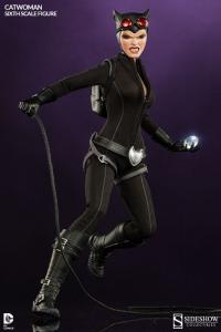 Gallery Image of Catwoman Sixth Scale Figure