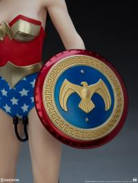 Gallery Image of Wonder Woman Sixth Scale Figure