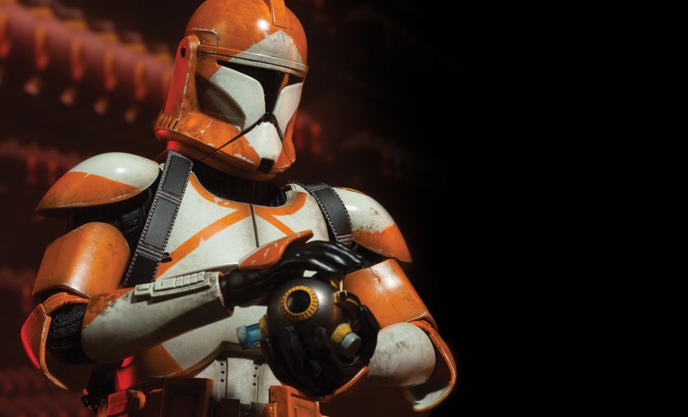 Gallery Feature Image of Bomb Squad Clone Trooper: Ordnance Specialist Sixth Scale Figure - Click to open image gallery