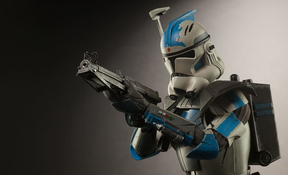 Gallery Feature Image of Arc Clone Trooper: Fives Phase II Armor Sixth Scale Figure - Click to open image gallery