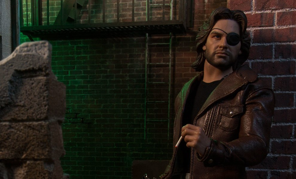 Gallery Feature Image of Snake Plissken Sixth Scale Figure - Click to open image gallery