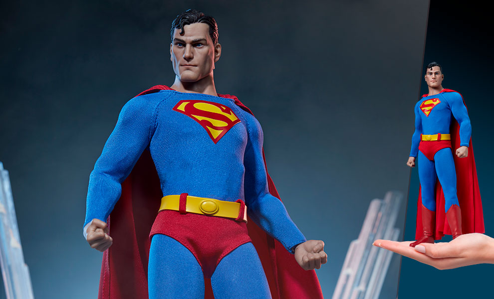 Gallery Feature Image of Superman Sixth Scale Figure - Click to open image gallery