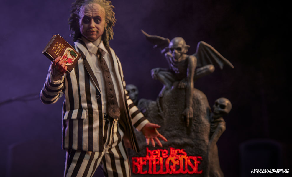 Gallery Feature Image of Beetlejuice Sixth Scale Figure - Click to open image gallery