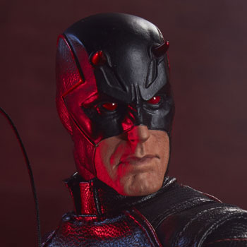 Daredevil: Shadowland Sixth Scale Figure
