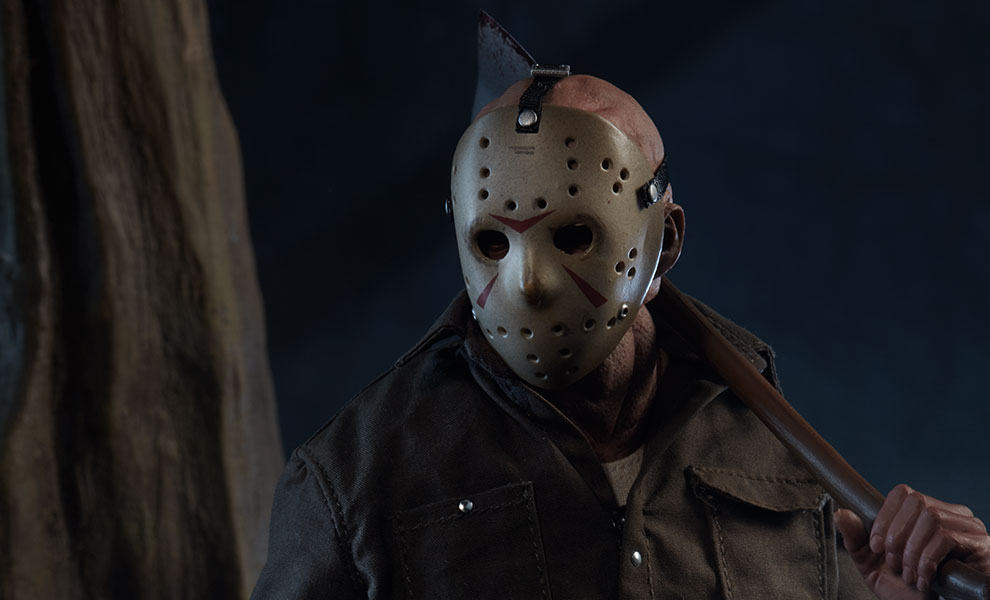 Gallery Feature Image of Jason Voorhees Sixth Scale Figure - Click to open image gallery