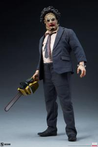 Gallery Image of Leatherface Sixth Scale Figure