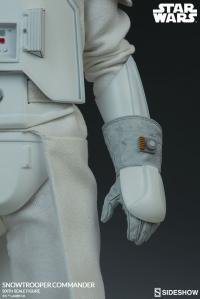 Gallery Image of Snowtrooper Commander Sixth Scale Figure