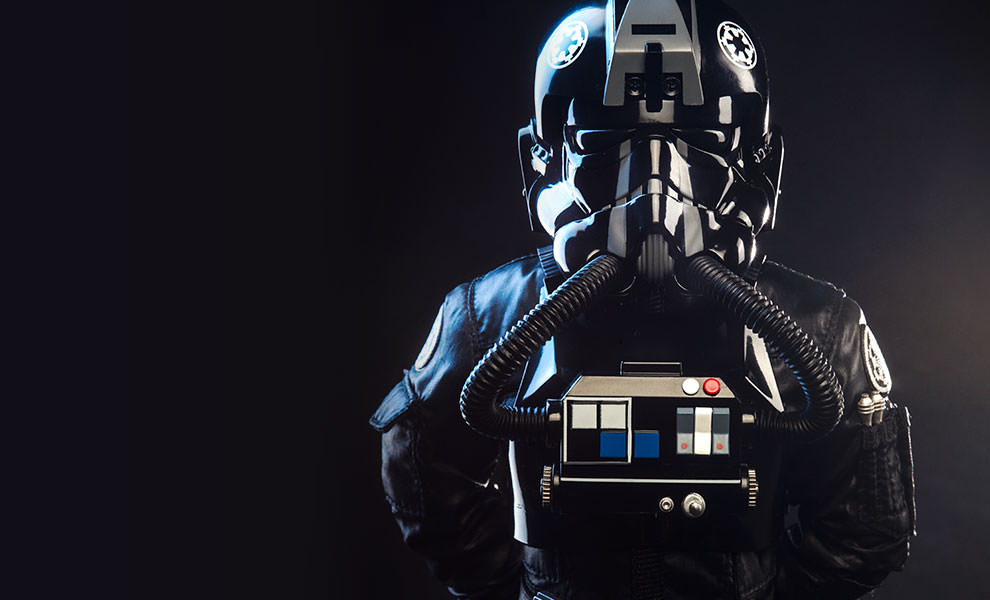 Gallery Feature Image of TIE Pilot Sixth Scale Figure - Click to open image gallery