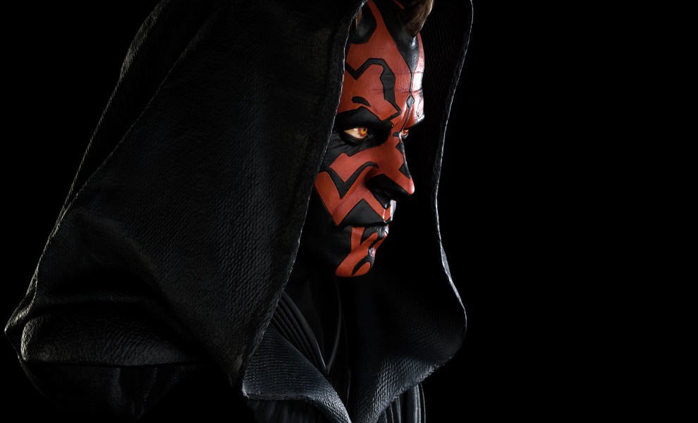 Gallery Feature Image of Darth Maul Legendary Scale™ Bust - Click to open image gallery
