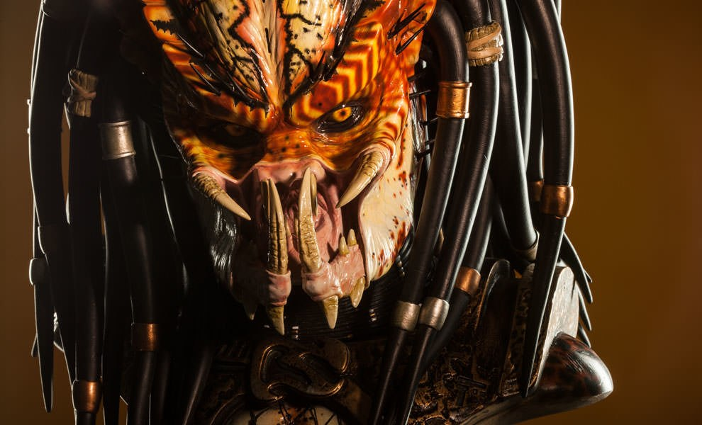 Gallery Feature Image of Predator 2 Legendary Scale™ Bust - Click to open image gallery
