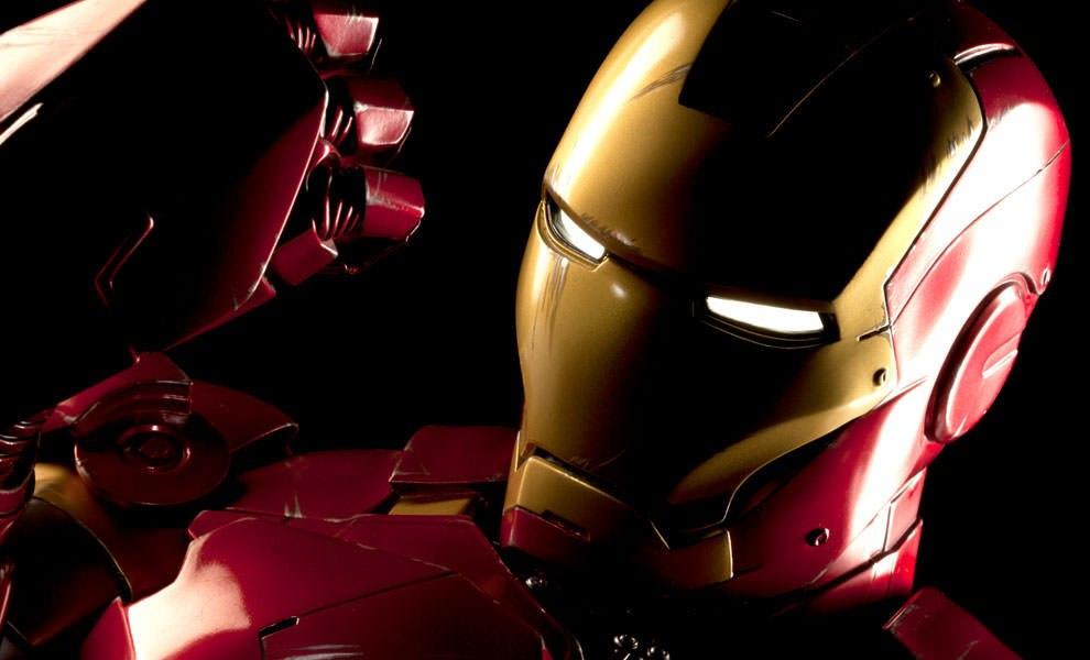 Gallery Feature Image of Iron Man - Mark VI Legendary Scale™ Bust - Click to open image gallery