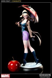 Gallery Image of Gwen Stacy Polystone Statue