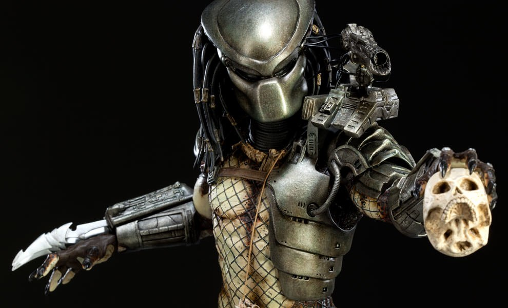 Gallery Feature Image of Predator Statue - Click to open image gallery