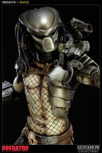 Gallery Image of Predator Statue