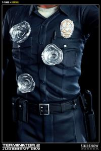 Gallery Image of T-1000 Polystone Statue
