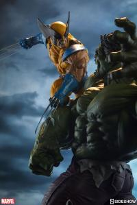 Gallery Image of Hulk and Wolverine Maquette