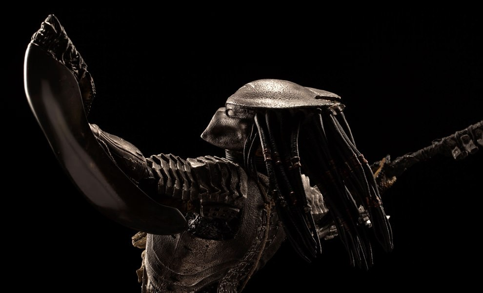 Gallery Feature Image of Scar Predator Statue - Click to open image gallery