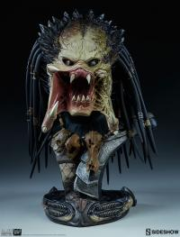 Gallery Image of Wolf Predator Legendary Scale™ Bust