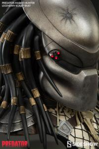Gallery Image of Predator - Masked Hunter Legendary Scale™ Bust