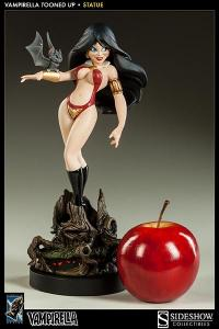 Gallery Image of Vampirella Tooned Up Statue