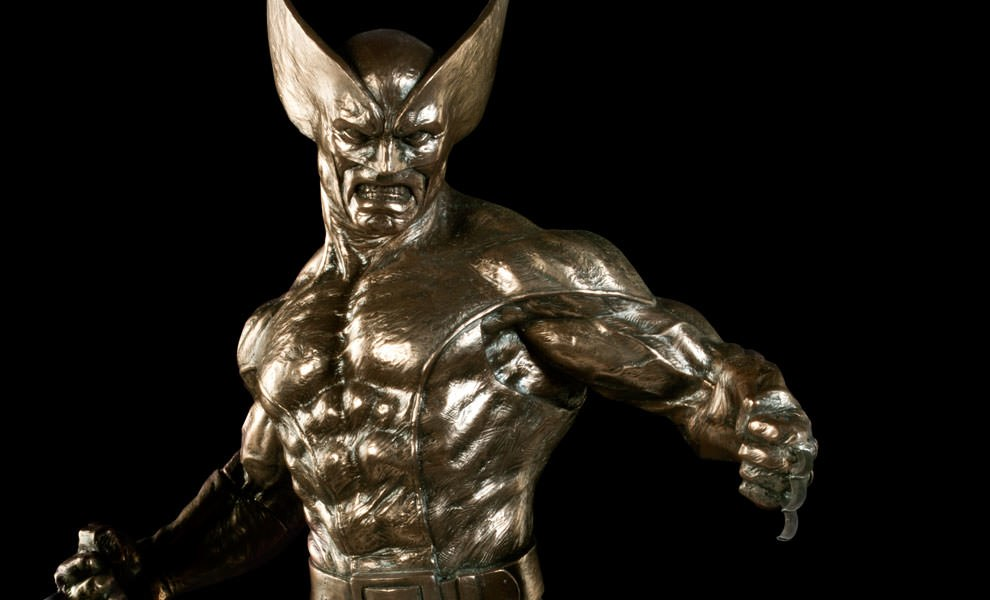 Gallery Feature Image of Wolverine Sideshow Classics Statue - Click to open image gallery