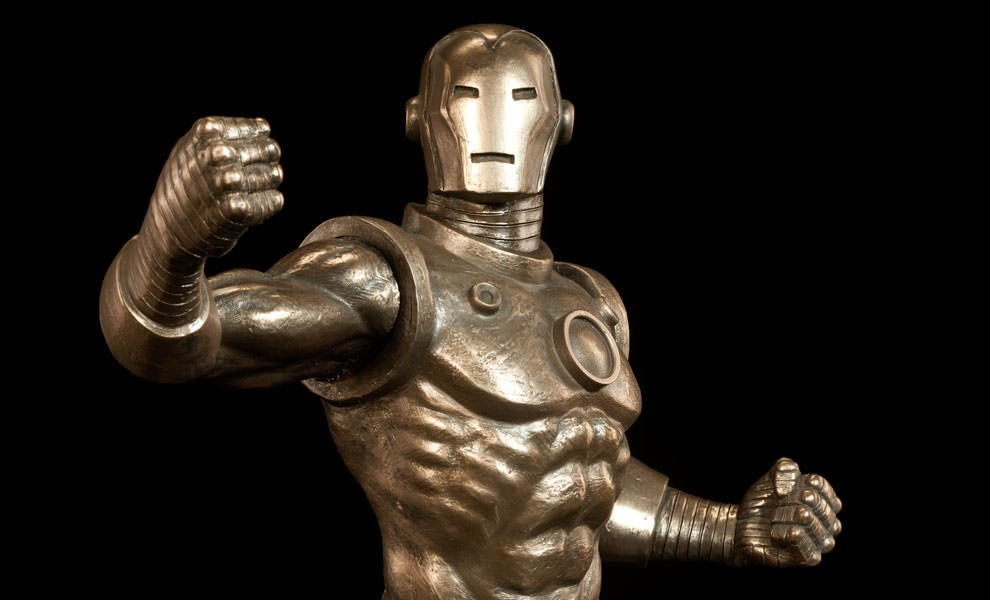 Gallery Feature Image of Iron Man Sideshow Classics Statue - Click to open image gallery