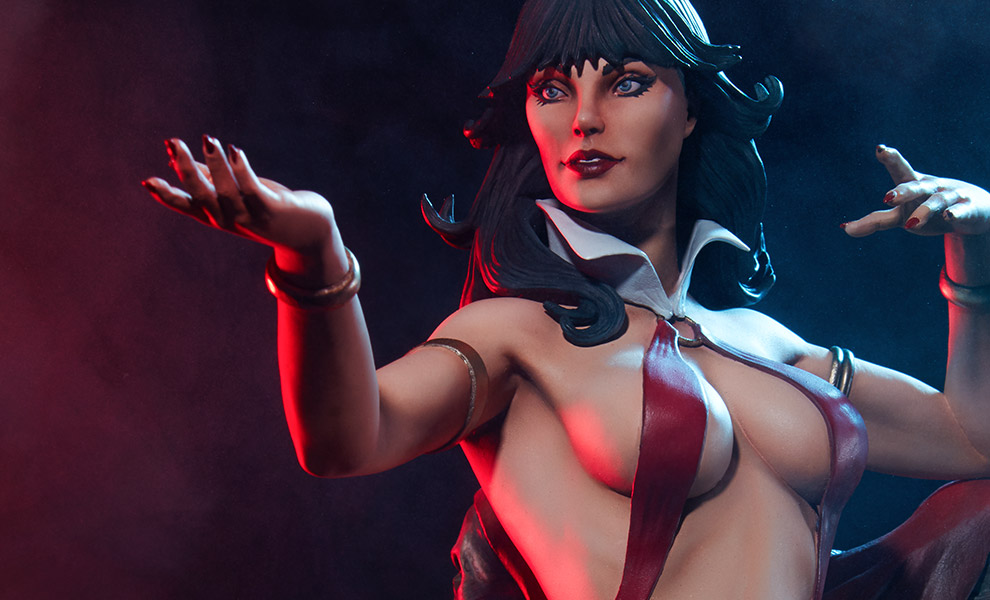 Gallery Feature Image of Vampirella Statue - Click to open image gallery