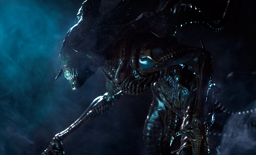 Gallery Feature Image of Alien King Maquette - Click to open image gallery