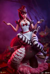 Gallery Image of Alice in Wonderland: Game of Hearts Edition Statue