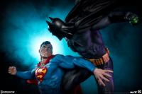 Gallery Image of Batman vs Superman Diorama