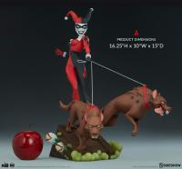 Gallery Image of Harley Quinn Statue