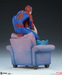 Gallery Image of Spider-Man and Mary Jane Maquette