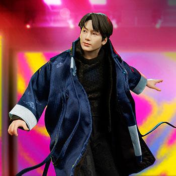 Jung Kook Deluxe Statue