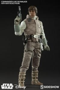 Gallery Image of Commander Luke Skywalker Hoth Sixth Scale Figure