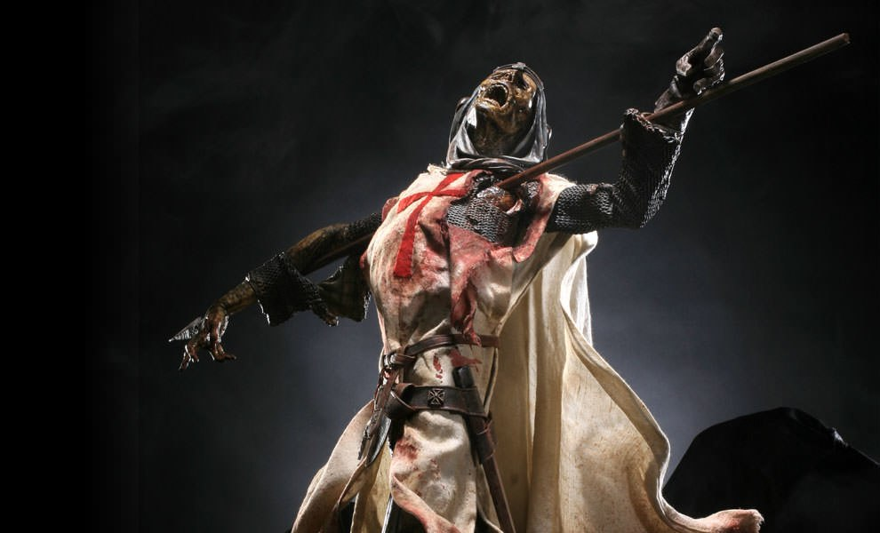 Gallery Feature Image of The Templars Verdict Premium Format™ Figure - Click to open image gallery
